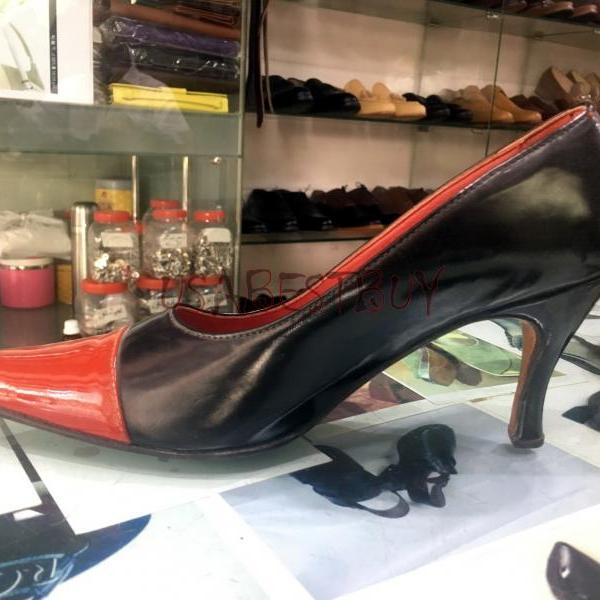 New Handmade Women Elegant Red and Black Shoes with Wooden Heel and Leather sole.